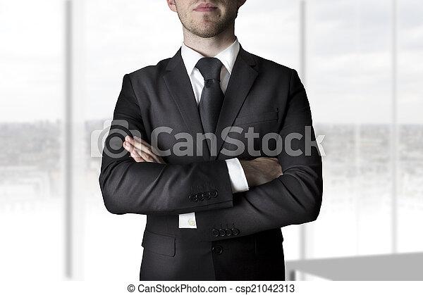 businessman crossed arms - csp21042313