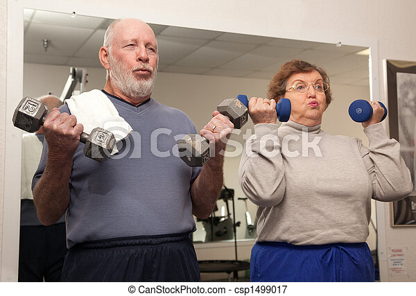 Elderly Couple Work Out - csp1499017