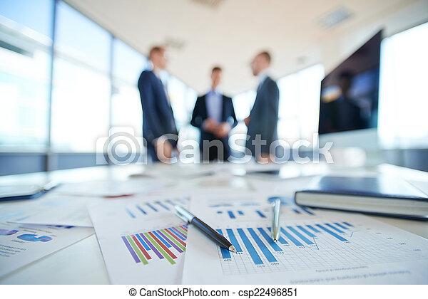 Financial reports - csp22496851