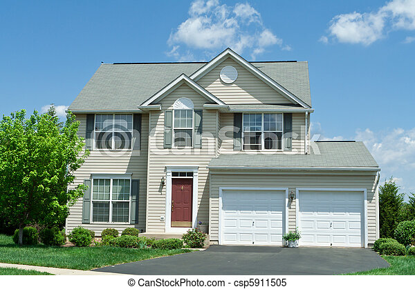 Front Vinyl Siding Single Family House Home MD - csp5911505