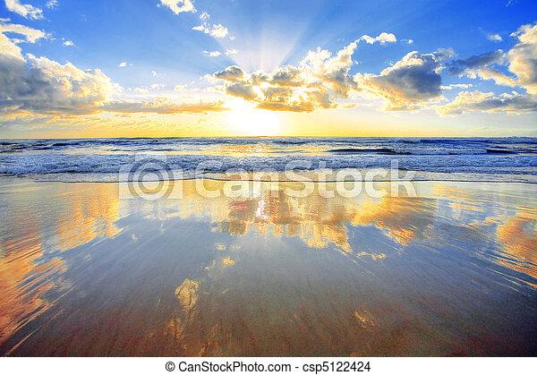 Sunrise over ocean - csp5122424